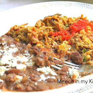 Dry Meat (Beef Jerky) with Eggs / Machaca con Huevo.