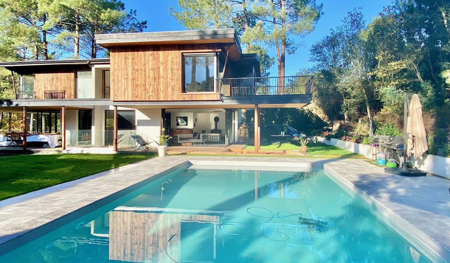 Property with pool and garden Seignosse
