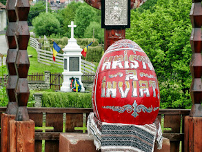 Photo: Easter Egg. In rural Bucovina, the visitor can discover a feast of ancient traditions and customs.