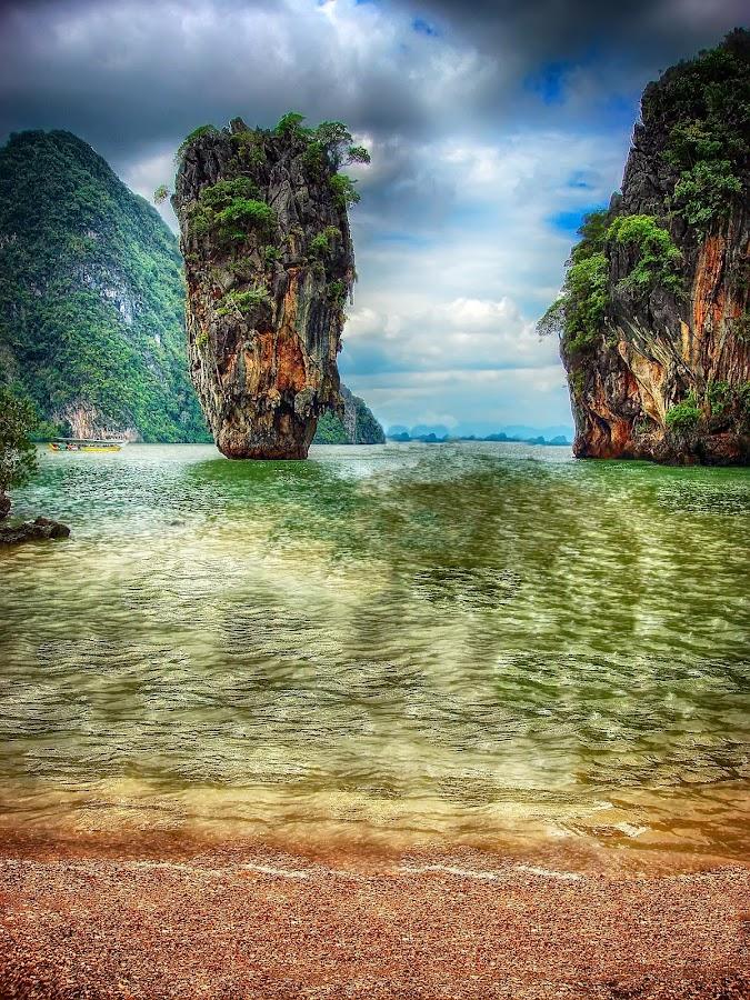Khao Phing Kan - James Bond Island - Ko Tapu by Senthil Damodaran - Travel Locations Landmarks ( landmark, tourist, pwclandmarks, james bond island, ao phang nga national park, james bond, thailand, 007, phuket, travel, the man with the golden gun, ko tapu )