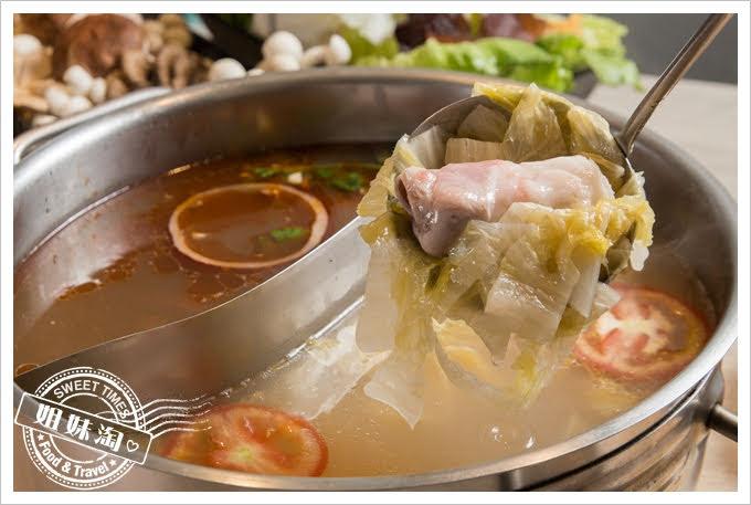 愛食鍋麻辣鴛鴦酸菜白肉鍋