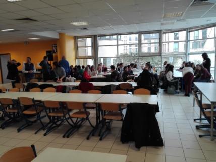 C:\Users\Francesco\Documents\Foto\Resistenza 18.19\Erasmus plus Troyes 17.3.19 23.3.19\IMG_20190318_090834.jpg