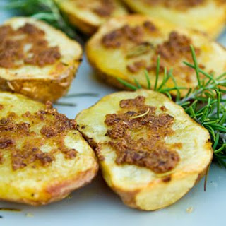 Olive Oil Potatoes with Roasted Garlic Recipe