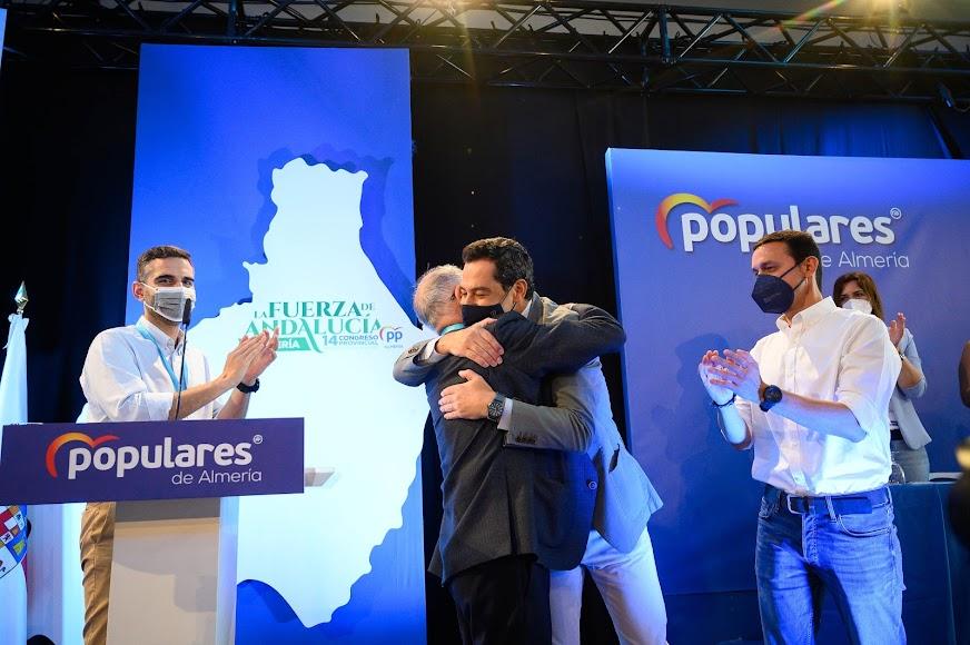Despedida de Gabriel Amat en el congreso del PP.