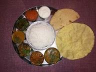 Karthik photo 4