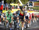"""Van Aert wint ook op de Champs-Élysées: """"Dit is boven verwachtingen, een overwinning als deze is onbetaalbaar"""""""