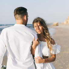 Wedding photographer Dmitriy Kapitonenko (Kapitonenko). Photo of 19.11.2017