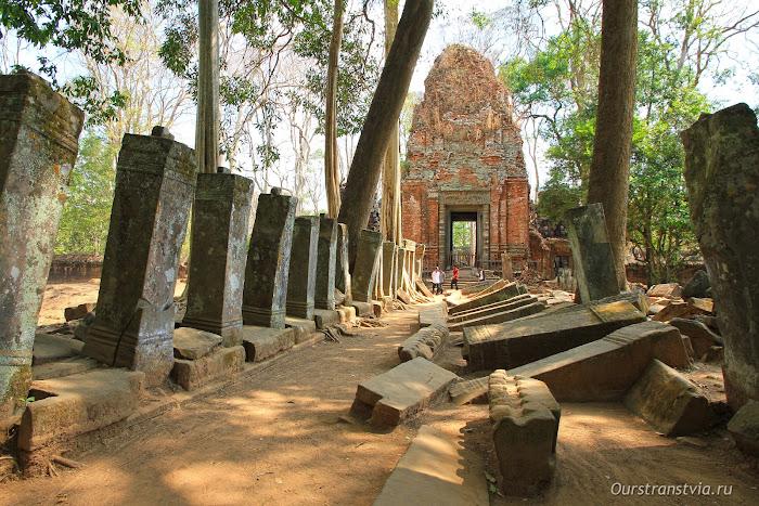 Храмовый комплекс Кох Кер, Камбоджа