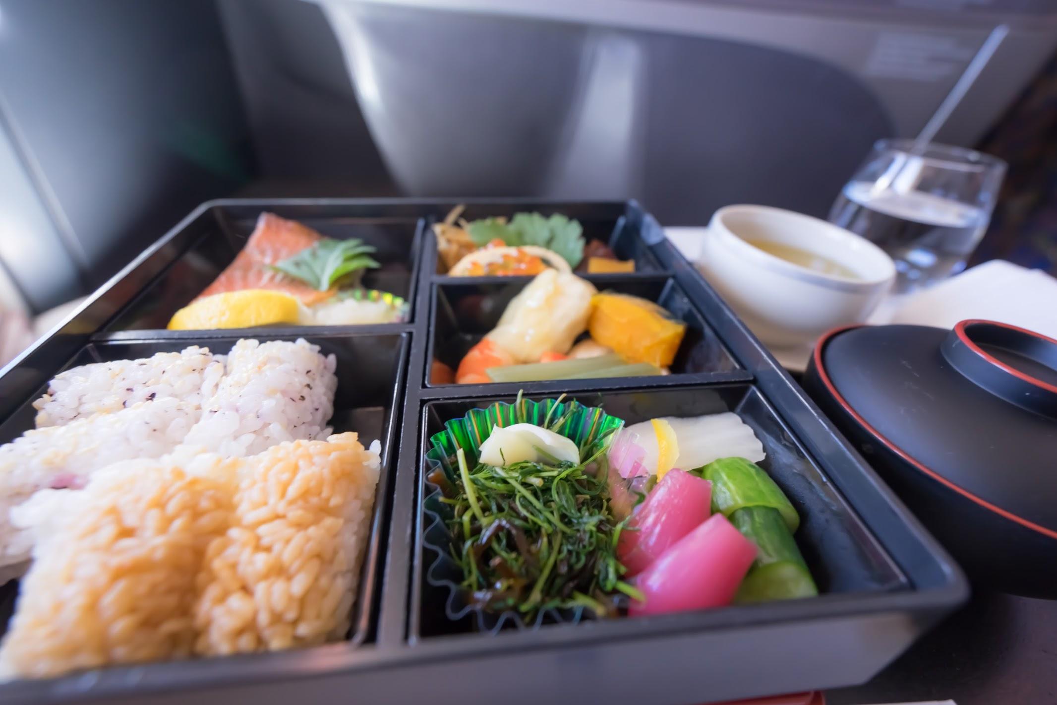 シンガポール航空 ビジネスクラス 花恋暦