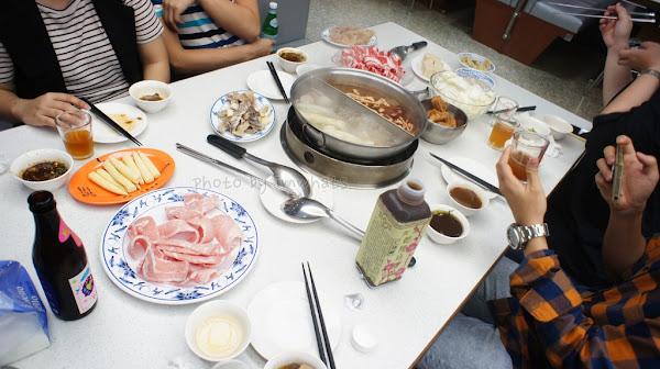 台北˙向復古台風致敬的詹記麻辣火鍋