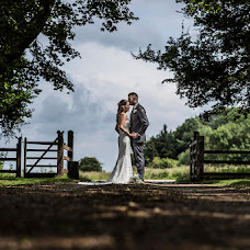 Wedding photographer Darren Carter (butterflyeffect). Photo of 28.06.2016