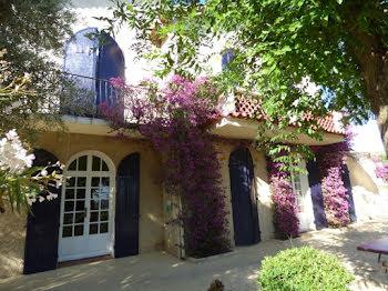 maison à Le Revest-les-Eaux (83)