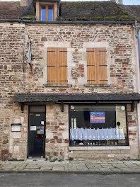 maison à Guillon (89)