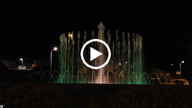 Video: Fountain in the centre of town