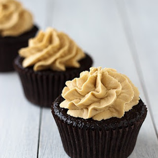 Dark Chocolate Cupcakes with Biscoff Buttercream Frosting