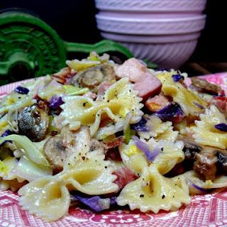 Skillet Bowtie Bacon-Cabbage-Ham-Mushroom-Leek Pasta.