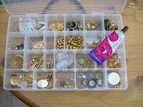 Photo: zoek ornamentjes er bij die je om het ei kan doen