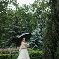 Wedding photographer Olya Poduta (olavolina). Photo of 04.07.2018