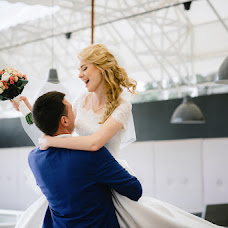 Wedding photographer Andrey Varvaryuk (Andryvar). Photo of 23.03.2016