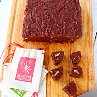 Chocolate Fudge with Pecans
