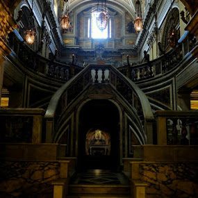 Basilica-convento SS. Apostoli, Roma. by Giuseppe Conti - Buildings & Architecture Public & Historical