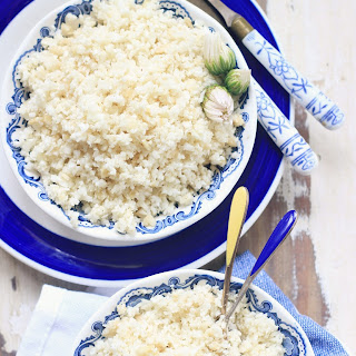 "Cauliflower ""Rice"" with Cashews {grain free, gluten free, raw, vegan}"