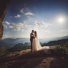 Wedding photographer Marius Godeanu (godeanu). Photo of 06.12.2018