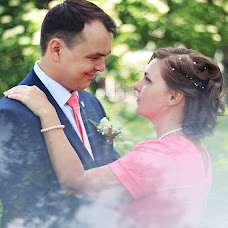 Wedding photographer Zhenya Zhdanova (zhdanovazh). Photo of 21.06.2015