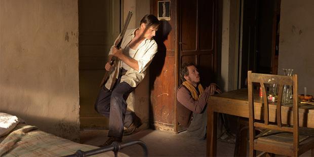 http://www.cinemaldito.com/wp-content/uploads/2015/10/lejosdeloshombres02.jpg