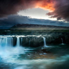 Thunderstorm on Godafoss by Alberto Ghizzi Panizza - Landscapes Waterscapes ( godafoss, iceland, thunderstorm, sunset, waterfall, cloudy, rain, cloudy weather, raining, raindrops,  )