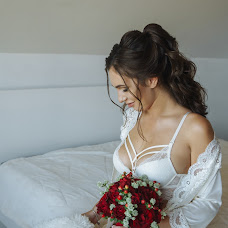 Wedding photographer Kseniya Kazanceva (Ksuspb). Photo of 28.10.2018