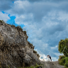 Wedding photographer Nakharin Arunpattharawanit (kolinstudio). Photo of 04.12.2016