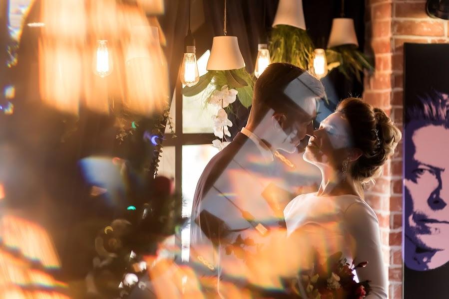 Wedding photographer Sergey Burov (BUROV). Photo of 01.10.2017