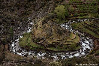 Photo: Vistas desde el mirador del Meandro de Martilandrán. Alquería de El Gasco. Comarca de Las Hurdes, Extremadura, España.  Filtros:Polarizador.  http://blog.betsabedonoso.com/2015/05/el-gasco-y-el-chorro-de-la-meancera.html