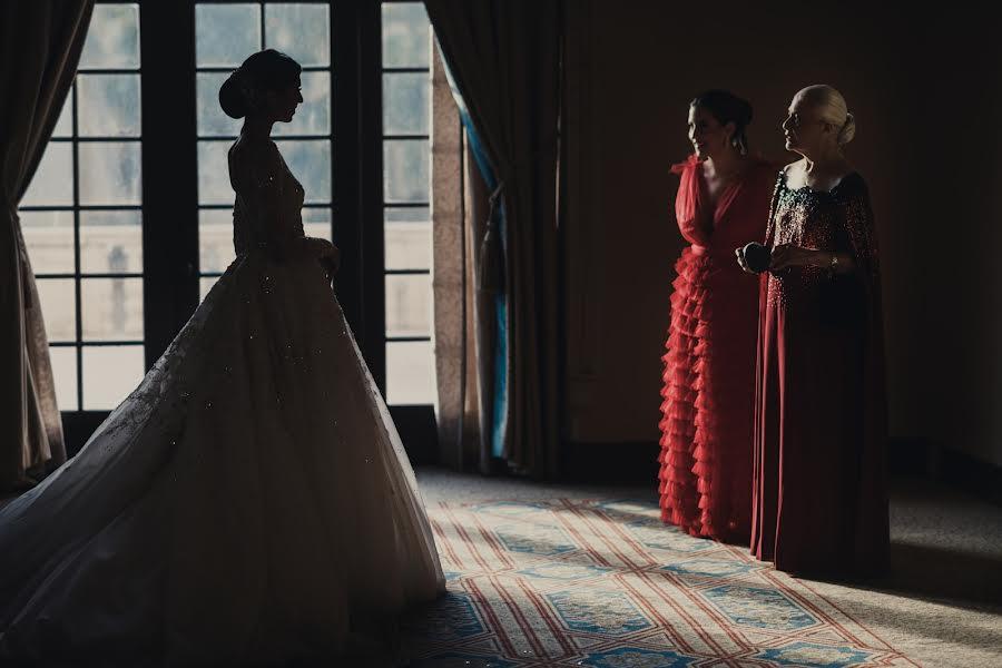 Wedding photographer Víctor Martí (victormarti). Photo of 31.12.2020