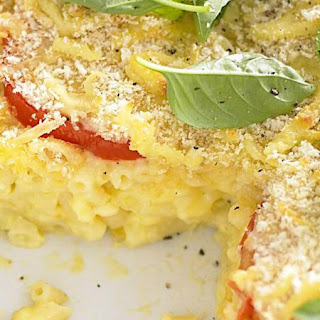 Macaroni and Cheese with Tomato and Basil