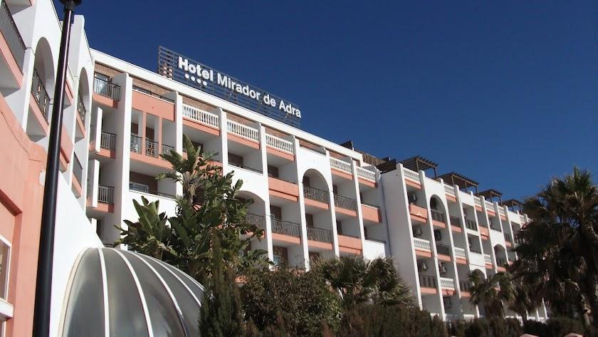 Imagen de archivo del hotel que ha ardido hoy.