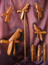 Photo: Bastón guacamayo. Talla en madera. Woodcarving.  Para leer algo más en relación con esta obra ir al blog: http://tallaenmadera-woodcarving-esculturas.blogspot.com/2011/09/guacamayos.html
