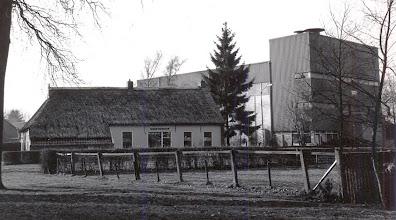 Photo: silo achter de winkel van Westerhof