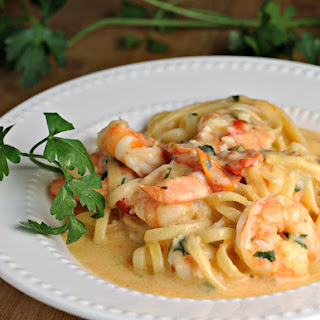 Garlicky Linguine and Shrimp