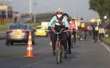 Bikes vs Virus: Bogota expands paths in novel strategy - The Hour