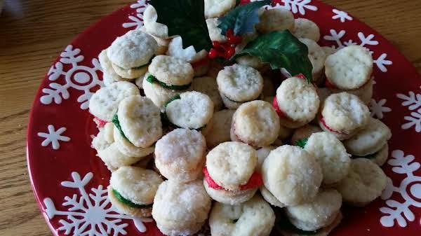 Tiny Cream Wafers Recipe