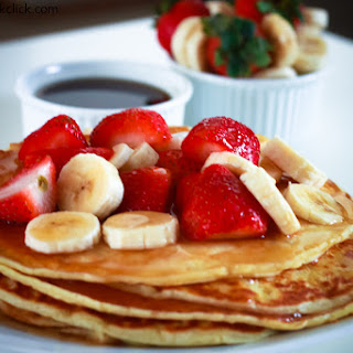Pancakes with Strawberries & Bananas