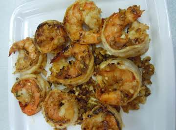 Quick and Easy Pan Seared Spicy Garlic Shrimp