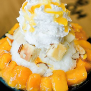 Mango-Cheese Cake Shaved Ice