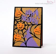 Photo: http://bettys-crafts.blogspot.de/2014/10/happy-halloween.html