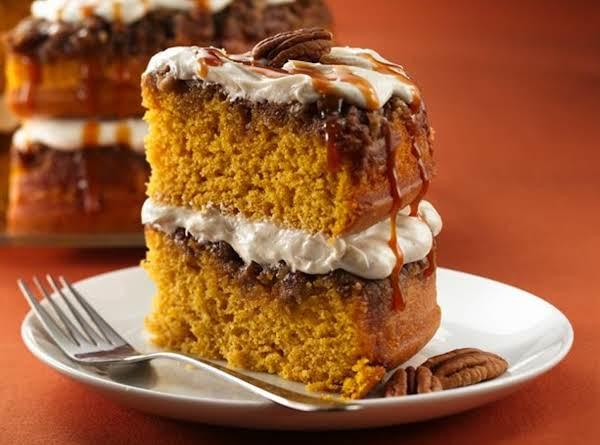 Pumpkin Pumpkin Praline Cake