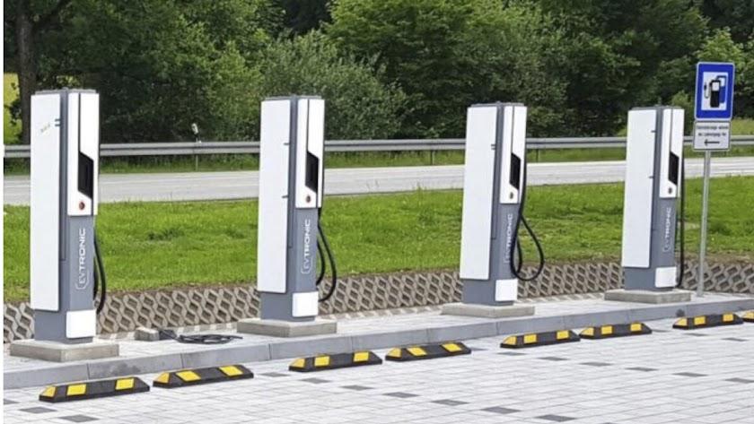 Puntos de recarga de vehículos eléctricos.