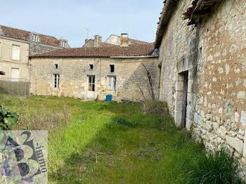 ferme à Villebois-Lavalette (16)
