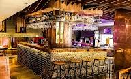 Elf Cafe & Bar photo 2